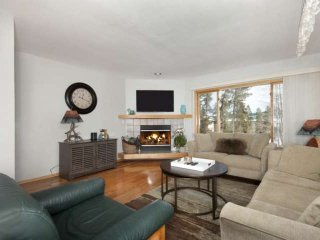 Perfect Family Ski Location! Indoor Pool & Spa - Central to Lake Dillon, Keyston