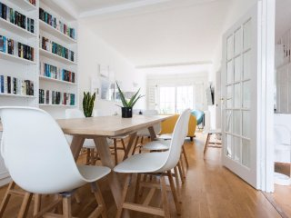 Spacious 5 bed home opposite Hyde Park