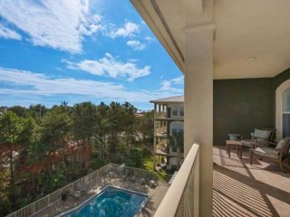 Seaview Villas B401 - Penthouse Condominium - Seagrove Beach