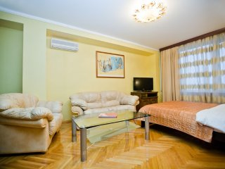 3-room apt at New Arbat (120)