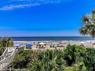 ** ALL-INCLUSIVE RATES ** Surf Harbor 104 - Oceanfront & Recently Renovated
