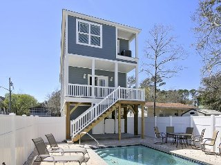 ** ALL-INCLUSIVE RATES ** Summer Luvin - New Construction w/ Private Pool