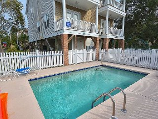 ** ALL-INCLUSIVE RATES ** Beach Fever -  Private Pool & 500 ft to Beach!