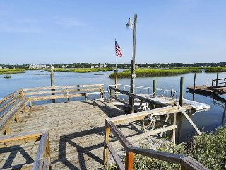 ** ALL-INCLUSIVE RATES ** Happy Hour - Inlet Front with Private Dock