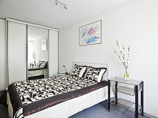 2-room apt. at Oruzheynyy lane, 5 (094)