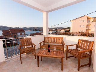 Modern Sea View holiday rental with Terrace near the Sea- 2 separate units - I