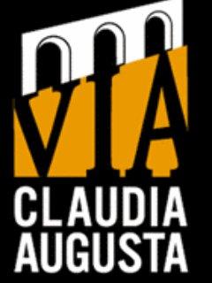 Via Claudia augusta Altinate antica via Romana. passa fronte la nostra struttura