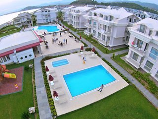 (Apt 8) two bedroom for 6 persons directly sea view apartments