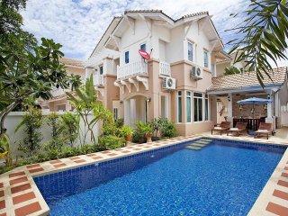 Jomtien Summertime Villa A | 4 Bed Pool House in Jomtien South Pattaya