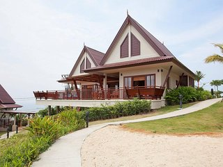 Baan Som | 2 Bed Luxury Villa at Kantiang Bay Hills in West Koh Lanta
