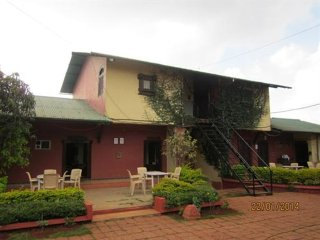 8 Bedroom Bungalow at Shree Enclave Bungalow in Mahabaleshwar, Maharashtra