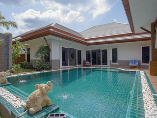Thammachat P3 Vints 130 | 3 Bed Pool Villa in Bangsaray Pattaya