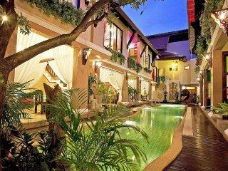 Jomtien Lotus Villa | 8 Bed Ultra Luxury Pool House in South Pattaya