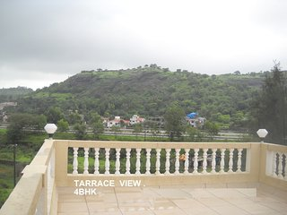 Bungalow in Lonavala for rent, Hill View Location