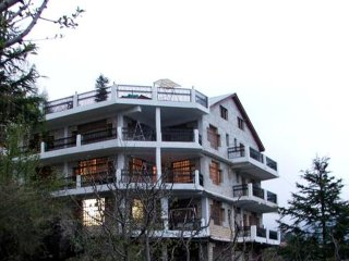8 Bedroom Bungalow in Manali