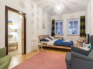 Apartment just 2min walk from Prague Castle by easyBNB