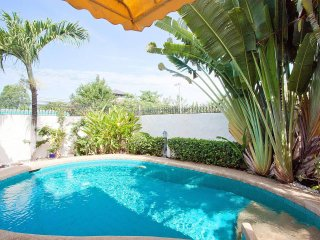 Nai Mueang Noi |  2 Bed Pool Villa Convenient Located in Pattaya City