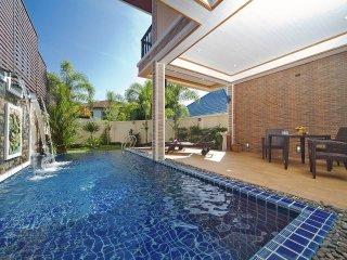 BangTao Tara Villa 4 | 3 Bed Pool Holiday Home in Bang Tao Phuket