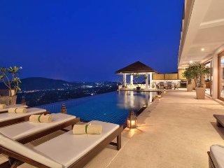 Luxury Four Bedroom Villa located Near Bophut Beach, Koh Samui