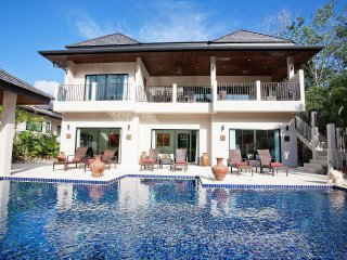Waew Opal | 6 Bed Serviced Pool Villa in Nai Harn South Phuket
