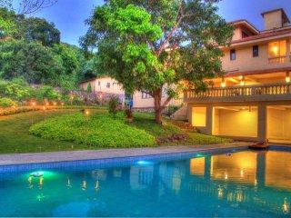 5 BHK new Luxurious Villa