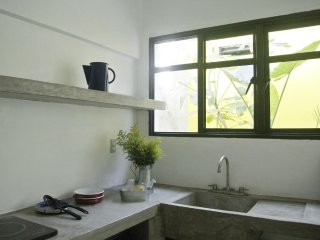 AGRADO GUEST HOUSE (Loft with private Patio)