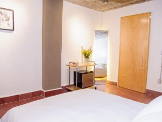 AGRADO GUESTHOUSE (Double Room with Balcony)