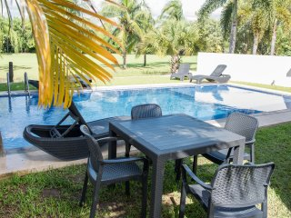 Best Penthouse in Puerto Aventuras! Pool & Private jacuzzi in terrace!