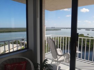 #Ph6 Penthouse Estero Bay Black Island High season arrival Thurs -Thurs