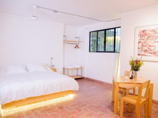 AGRADO GUEST HOUSE (Suite with Terrace)