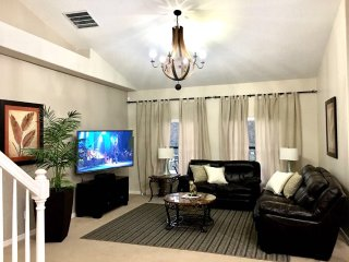 New Luxury Villa Europa Pool Home/ at West-side  /10 min to  Disney