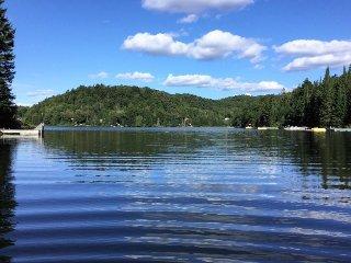 Spectaculaire vue sur le lac. Que dire de plus sinon Wow?