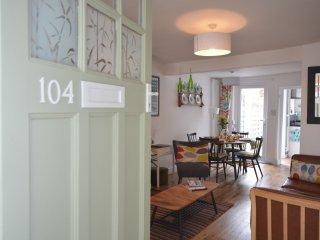 51740 Cottage in York