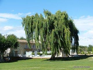 JDV Holidays - Gite St Elodie, Gordes, Luberon, Provence