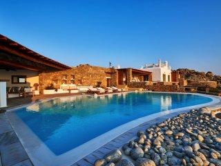 Phos Villa