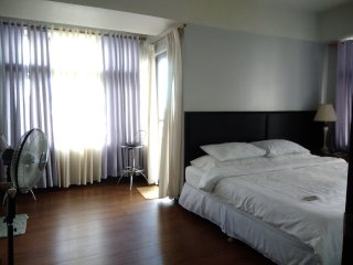 Spacious Condo in Cubao, Quezon City (Araneta Center)