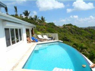 Dawn Beach Villa