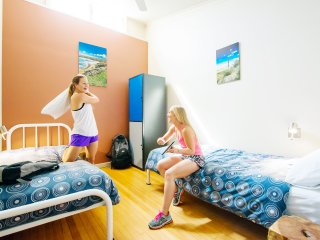 Port Lincoln YHA - Twin Bed Room