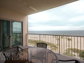 Spacious 2BR Suite w/ WiFi, Balcony, Grill, Pool & Fitness Center Access