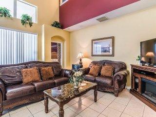 2640DIN. Luxurious 6 Bedroom Pool Home That Sleeps 14 Plus 2 Infants