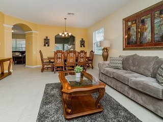 7732TB. Comforts of the South in this 6 Bedroom 4 Bath Windsor Hills home