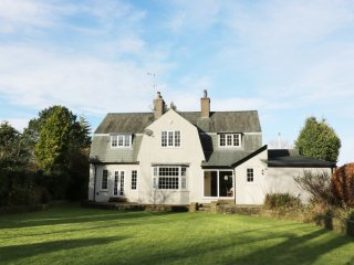 41 REDHILLS ROAD, WiFi, Arnside and Silverdale AONB, pet friendly, Ref 963495