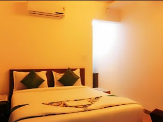 Room #203 Stay Near Vagator Beach