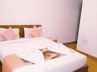 Room #204 Stay Near Vagator Beach