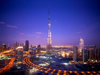 ELEGANT 2BR DOWNTOWN BURJ KHALIFA APARTMENT