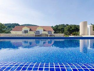 #Quadrupleroom#pool#beach