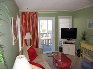 Pelicans Watch 208 (3 Bdrm/2 & 1/2 Bath) Oceanview