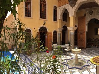 Riad With Pool & 360° View, Ideal Location, Direct Access by Car & Free Parking