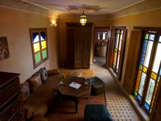 Suite 4/6 Pax at Riad Layalina: Pool, 360° View & Free Secure Parking at Foot