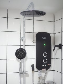 Instant Hot water shower